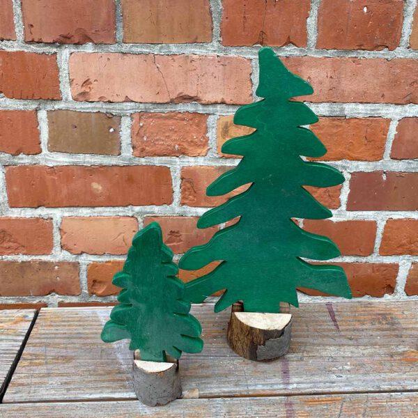 gruener Baum Deko aus der sbr gGmbH Holzwerkstatt
